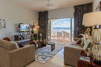 Image du princess heights balcony offert par VosVacances.ca