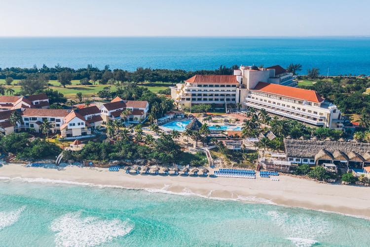 Image principale de l'hôtel Bella Costa offert par VosVacances.ca
