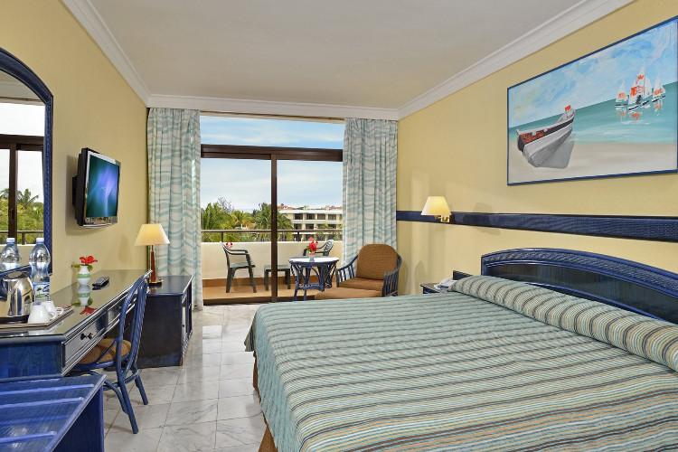Image du sol palmeras beach offert par VosVacances.ca