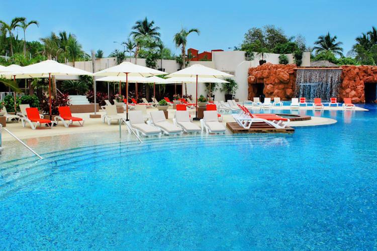 Image du azul ixtapa grand resort balcony offert par VosVacances.ca