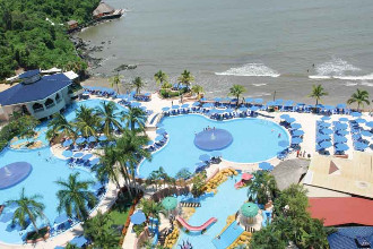 Image du azul ixtapa resort beach offert par VosVacances.ca