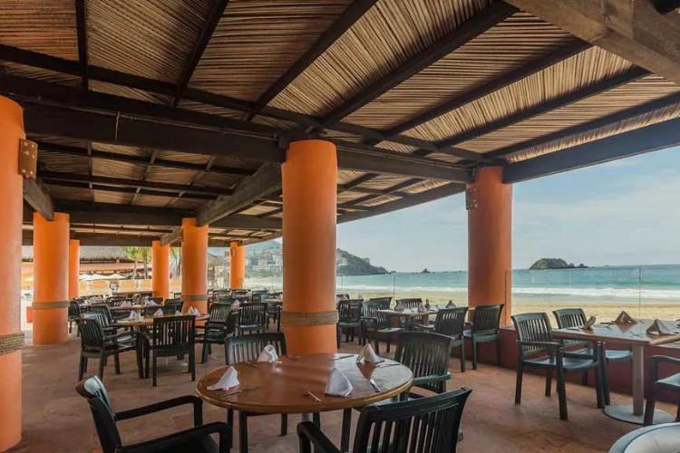Image du holiday inn ixtapa garden offert par VosVacances.ca